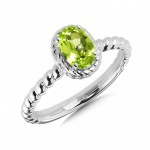 colore- Peridot Ring in Sterling Silver